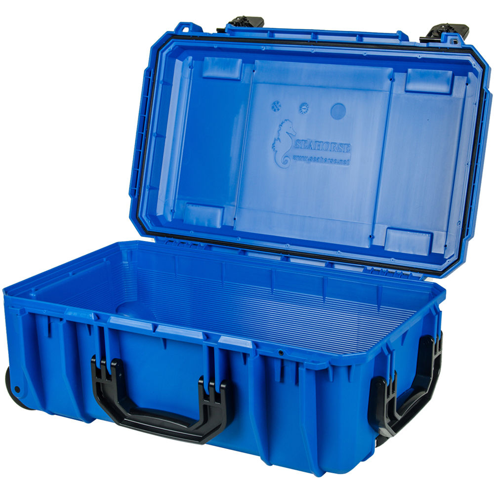 d06fe0c32c75 Seahorse SE830 Case with Telescoping Handle without Foam (Blue)