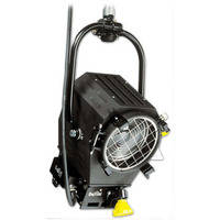 "DeSisti Leonardo Piccolo 2K  6"" Fresnel - Pole Operated"