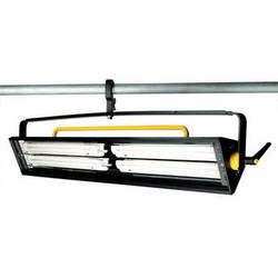 Lowel Fluo-Tec 250cy Fluorescent Phase-Dimmable Light Fixture (120VAC)