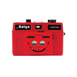 Holga 135 TIM 35mm 1/2 Frame Twin/Multi-Image Camera (Red)
