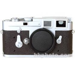 Leica M3 Single Stroke 35mm Rangefinder Camera in Chrome