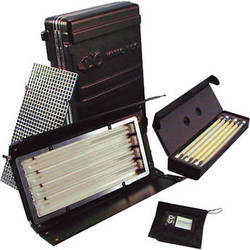 Kino Flo Diva-Lite 401 with Travel & Lamp Cases Kit (230V)