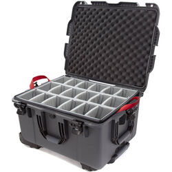 Nanuk 960 Protective Rolling Case with Foam Dividers (Graphite)