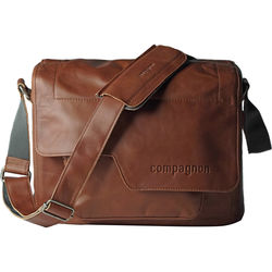 "compagnon ""the medium messenger"" Leather Camera Bag (Light Brown)"