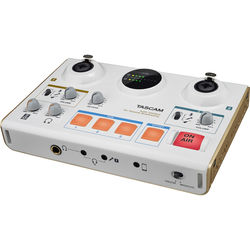 Tascam MiNiSTUDIO Creator US-42 Audio Interface for Online Broadcasting