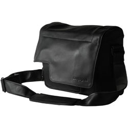 "compagnon ""the little messenger"" Camera Bag (Black, Leather)"