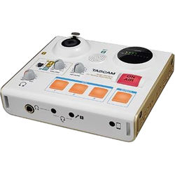Tascam MiNiSTUDIO Personal US-32 Audio Interface for Online Broadcasts