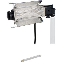 Lowel Tota-Light Tungsten Flood Light with Bulb (120-240 VAC)