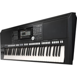 Yamaha PSR-S975 Arranger Workstation Keyboard
