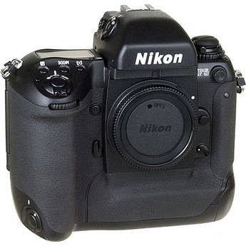 Nikon F5 35mm SLR Autofocus Camera Body with DP-30 Finder