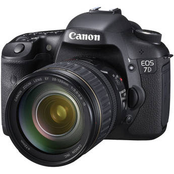 Canon EOS 7D SLR Digital Camera with 28-135mm f/3.5-5.6 IS USM Lens