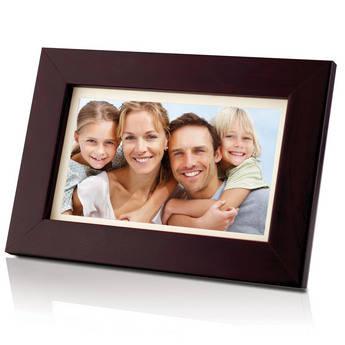 "Coby DP700 7"" Widescreen Digital Photo Frame (Wooden)"