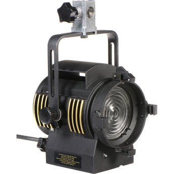 LTM Pepper 200W Fresnel Light
