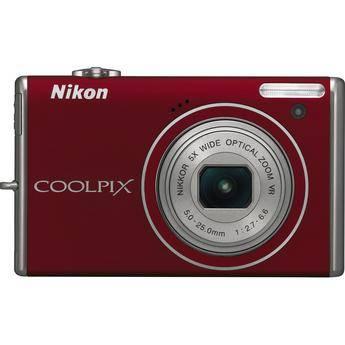 Nikon CoolPix S640 Digital Camera (Red)