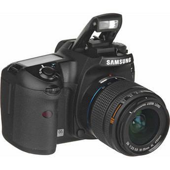 Samsung GX-20 SLR Digital Camera with 18-55mm AF Lens