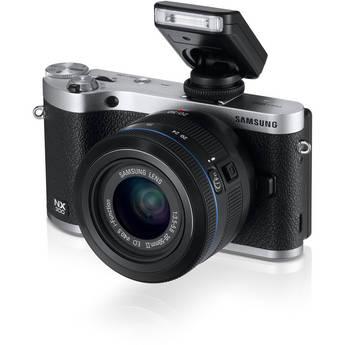 Samsung NX300 Mirrorless Digital Camera with 20-50mm F/3.5-5.6 ED II Lens (Black)
