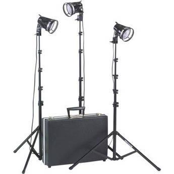 Smith-Victor K2RA 3-Light 1800 Watt Portable Attache Kit (120-240V AC)