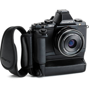 Olympus OM-D E-M5 Mirrorless Micro Four Thirds Digital Camera with 17mm Lens Limited Edition Bundle