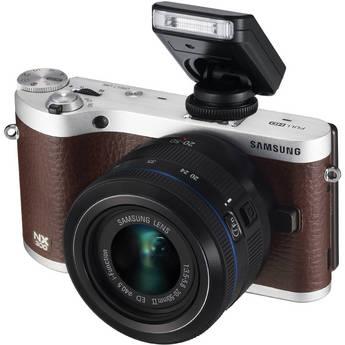 Samsung NX300 Mirrorless Digital Camera with 20-50mm F/3.5-5.6 ED II Lens (Brown)