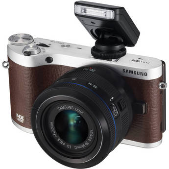 Samsung NX300 Mirrorless Digital Camera with 20-50mm F/3.5-5.6 ED II Lens (Brown)
