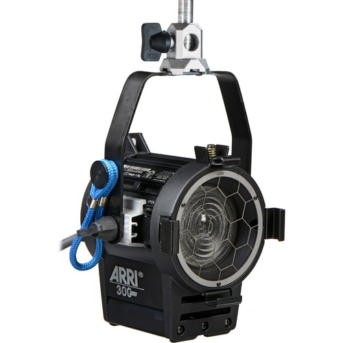 ARRI 300 Plus Tungsten Fresnel (Black)