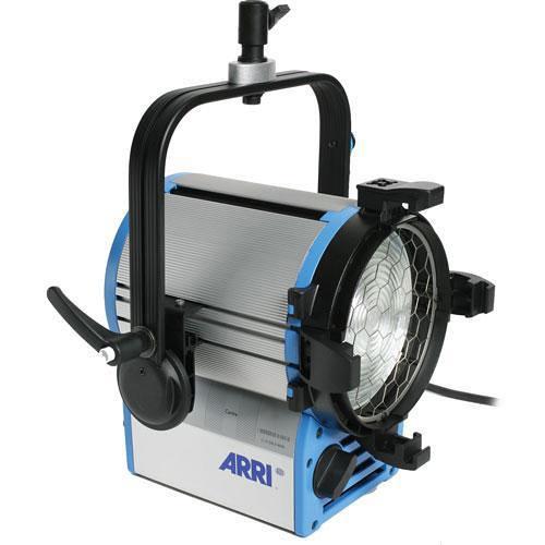 ARRI T2 2000W Location Fresnel (Pole Operated, 120-240 VAC)