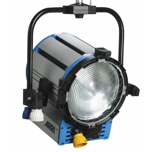 Arri T5 5,000W Fresnel (Pole-Operated, 100-240VAC)