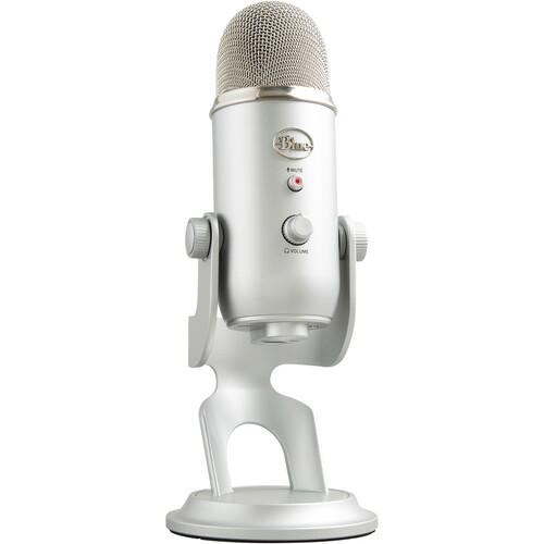 Blue Yeti USB Microphone and Headphone Kit