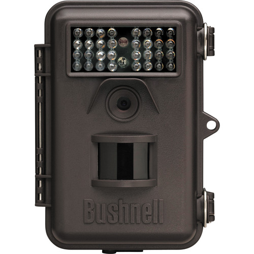 Bushnell 8 MP Trophy Cam Trail Camera (Brown)