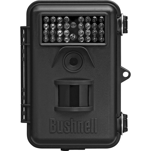 Bushnell 8MP Trophy Cam Night Vision Color LCD Digital Trail Camera (Brown)