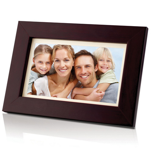 "Coby DP700 7"" Widescreen Digital Photo Frame (Wooden)"