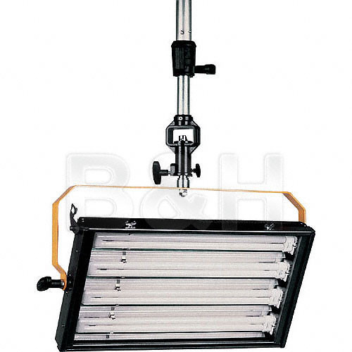 DeSisti 4 Tube Fluorescent Fixture, DMX, Manual