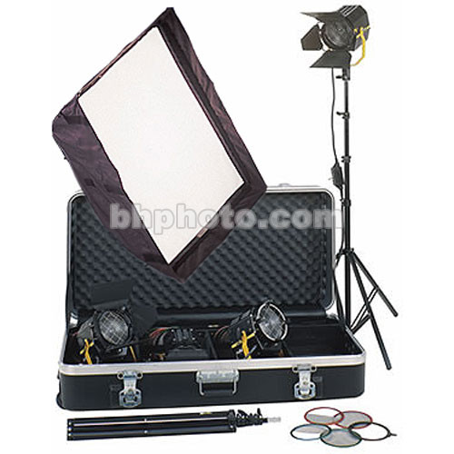 DeSisti Magis Fresnel 4-Light Softbox  Kit
