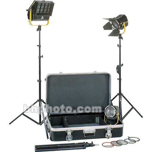 DeSisti Magis Fresnel and Wyeth Soft 3-Light Kit