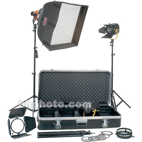 DeSisti Magis Cosmobeam Softbox  Combo 3-Light Kit