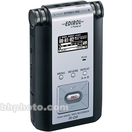 Edirol / Roland R-09 - Portable 24-Bit WAV/MP3 Audio Recorder (Black)