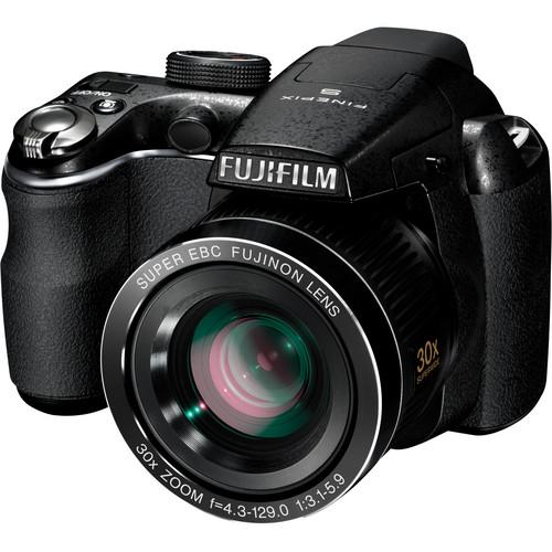 Fujifilm FinePix S4000 14MP Digital Camera (Black)