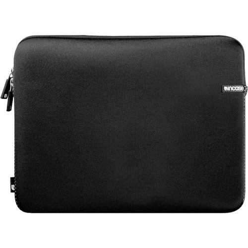 "Incase Designs Corp 17"" Neoprene Sleeve for MacBook Pro 17"" Notebook (Black)"