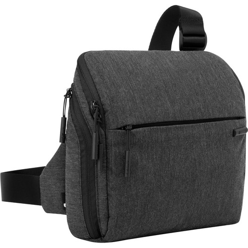 Incase Designs Corp Point and Shoot Field Bag (Black)