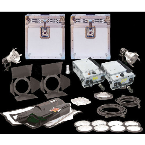 K 5600 Lighting Joker-Bug 200W HMI 2 Case Pair Kit (90-250VAC / 14.4-30V DC)