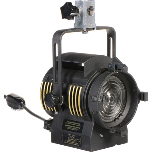 LTM Pepper 420W Fresnel Light