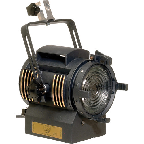 LTM Pepper 650W Fresnel Light