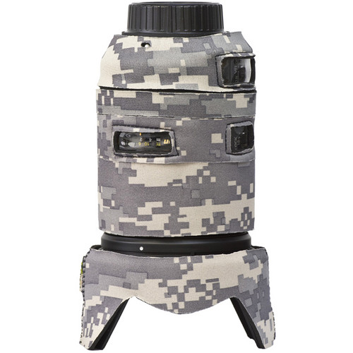 LensCoat Lens Cover for the Nikon 18-300mm f/3.5-5.6G ED VR (Digital Camo)