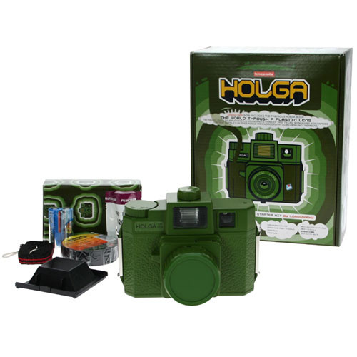Lomography Holga Starter Kit - 120SF Medium Format Viewfinder Fixed Focus Camera w/ Lens & Flash