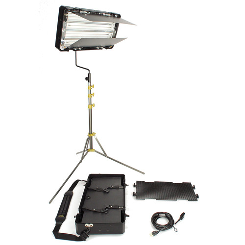 Lowel Caselite 4 Fluorescent One Light 3000K Kit (120VAC)