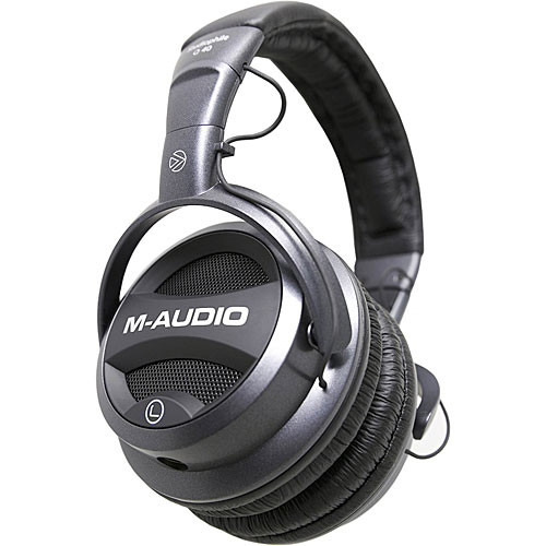 M-Audio Studiophile Q40 Closed-Back Dynamic Stereo Headphones