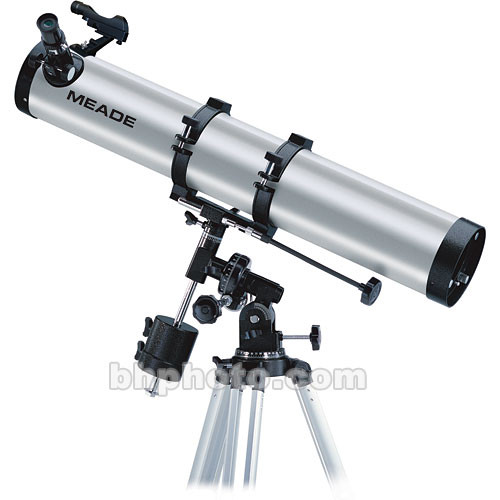 "Meade 114EQ-AR 4.5""/114mm Reflector Telescope Kit"