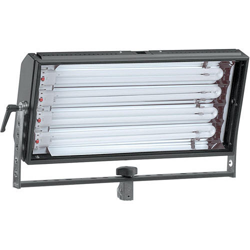 Mole-Richardson Biax-4 Fluorescent Fixture with Yoke, Local Dimming - 220 Total Watts (120V AC)