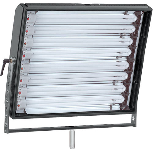 Mole-Richardson Biax-8 Fluorescent Fixture with Yoke, Local, DMX Dimming - 440 Total Watts (120V AC)