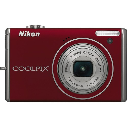Nikon CoolPix S640 Digital Camera (Red)